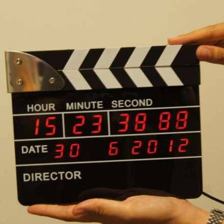 Réveil digital clap de cinéma réalisateur de film