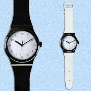 Horloge murale en forme de montre
