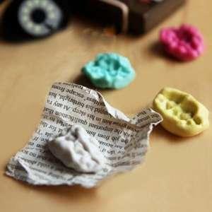 Chewing-gum aimants effet mâché