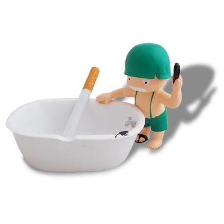 Petit soldat et sa baignoire cendrier