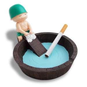 Cendrier bassine d'eau avec soldat