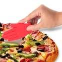 Roulette à pizza en forme de main