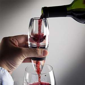 """Décanteur de vin """"minute"""" 1 décanteur, 1 filtre, 1 socle anti-goutte"""