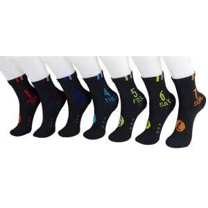 7 paires chaussettes correspondant aux 7 jours de la semaine