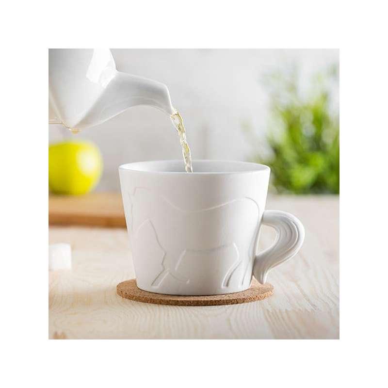 tasse cheval mug avec anse queue d 39 animal en porcelaine totalcadeau. Black Bedroom Furniture Sets. Home Design Ideas