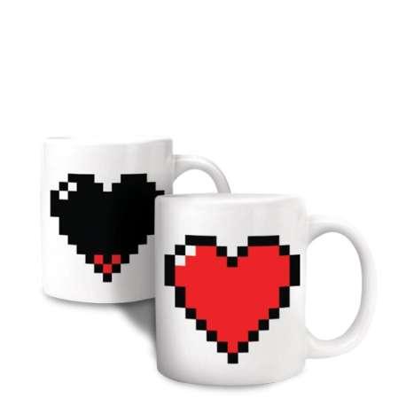 Tasse thermique avec un cœur pixel mug thermo-réactifs