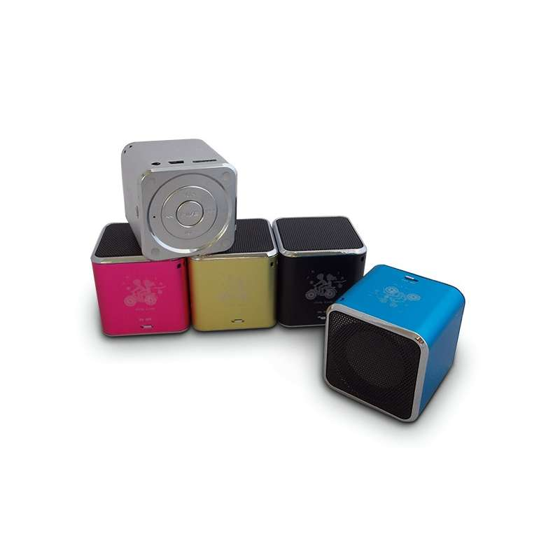 mini enceinte haut parleur cube mp3 sd radio usb totalcadeau. Black Bedroom Furniture Sets. Home Design Ideas