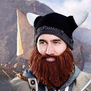 Bonnet noir à cornes et barbe de Viking