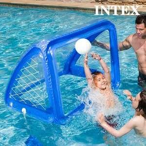 But cage de foot gonflable et ballon de foot gonflables piscine mer