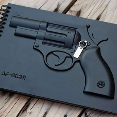 Carnet luxe bloc notes avec révolver en relief pistolet arme