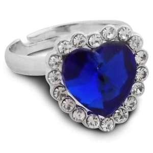 Bague attrayante de couleur argent avec un coeur bleu foncé