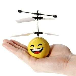 Emoticone Volant contrôle avec la main grâce aux capteurs intégrés