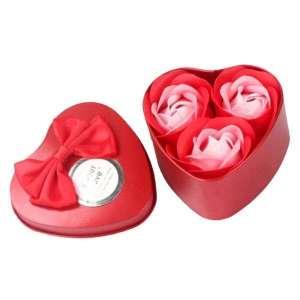 Coffret boîte coeur avec 3 savons roses rouges idée cadeau