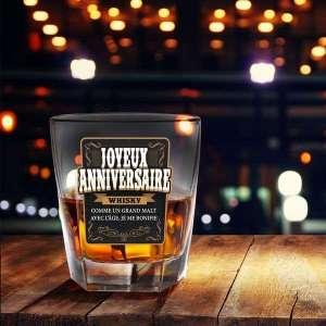 Verre à whisky avec message joyeux anniversaire