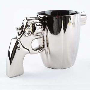 Tasse argentée mug avec poignée pistolet en céramique